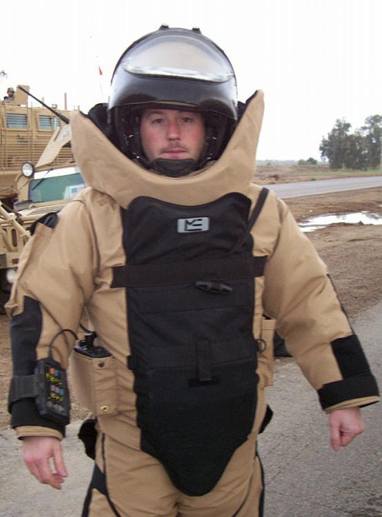 Aviano_bomb_suit.jpg