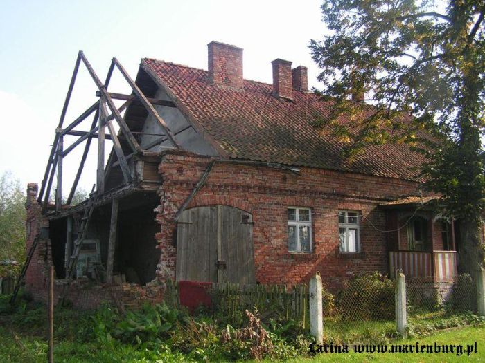 lubstowo__zniszczony_dom2_824.jpg.12bcfbeebb930576d5bd8525c593001c.jpg