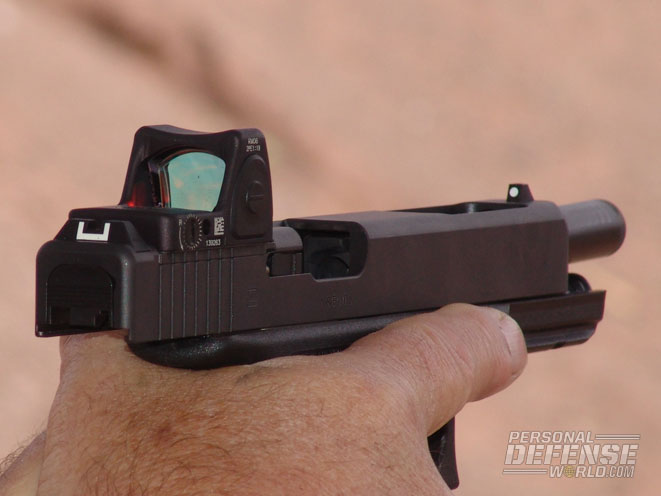 The-sleek-lines-of-the-GLOCK-are-actually-enhanced-by-the-addition-of-the-users-reflex-sight.jpg.ebb814c4f4dafb3073cf029130395a22.jpg
