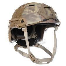 combat helmet.jpg